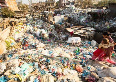 pict-trash-nepal-01